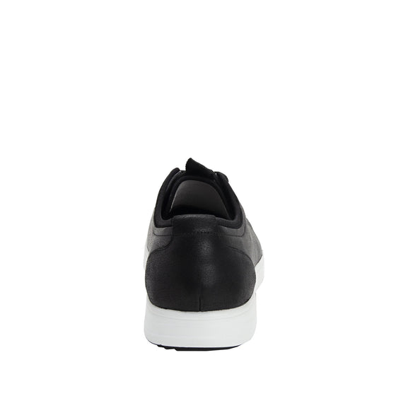 Qake Black leather smart shoes with Q-chip™ technology. QAK-M7002_S3