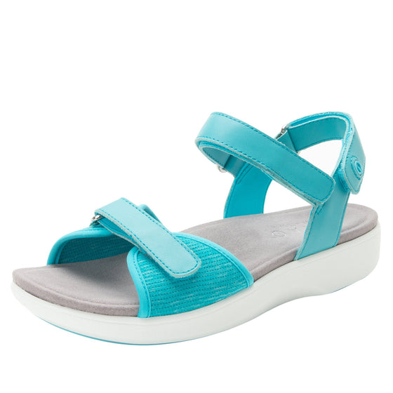 Qali Aqua three adjustable strap sandal with Q-chip™ technology. QAL-5439_S1