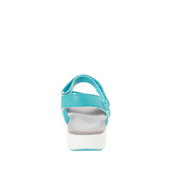 Qali Aqua three adjustable strap sandal with Q-chip™ technology. QAL-5439_S3