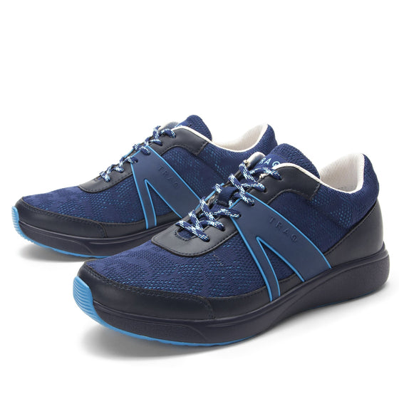 Qarma Navy Chasm smart shoes with Q-chip™ technology. QAR-5410_S2