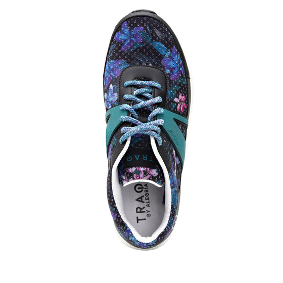 Qarma Daydream Believer smart shoes with Q-chip™ technology. QAR-5436_S4