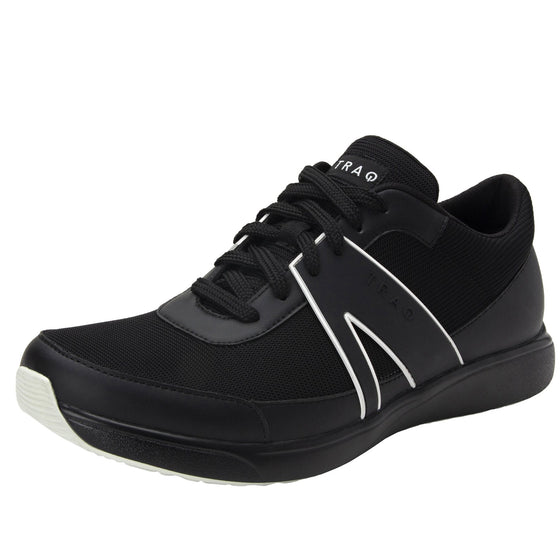 Qarma Smooth Black smart shoes with Q-chip™ technology. QAR-M7002_S1