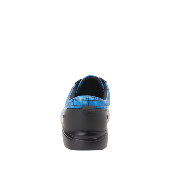 Qest Fauna lace up smart shoes with q-chip technology. QES-5452_S3
