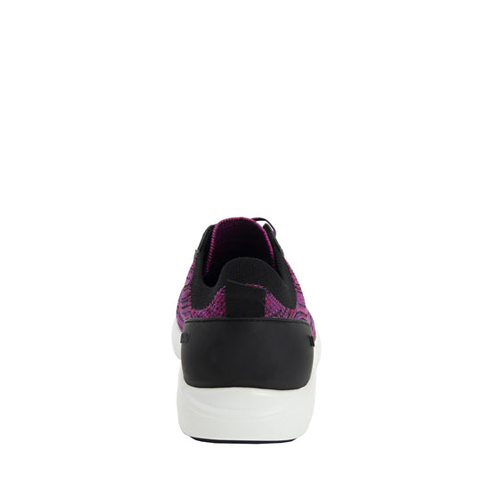 Qest Multiplex Magenta lace-up smart shoes with Q-chip™ technology. QES-5650_S3