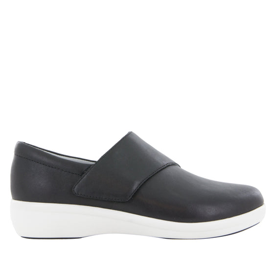 Qin Black Nappa smart slip on shoes with Q-Chip technology. QIN-601_S2
