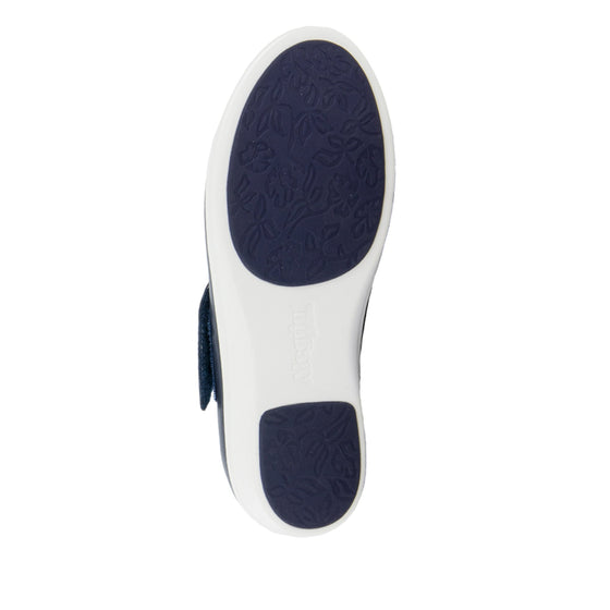 Qin Navy Butter smart slip on shoes with Q-Chip technology. QIN-622_S5