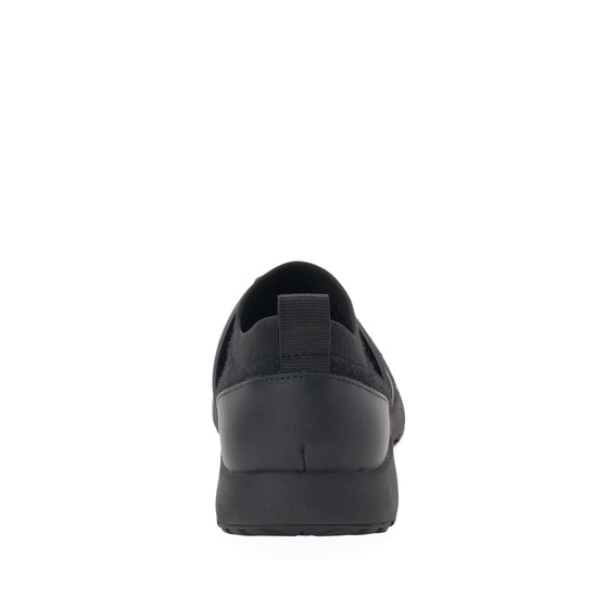 Qool The Fuzz Black smart shoes with Q-chip™ technology. QOO-5001_S3