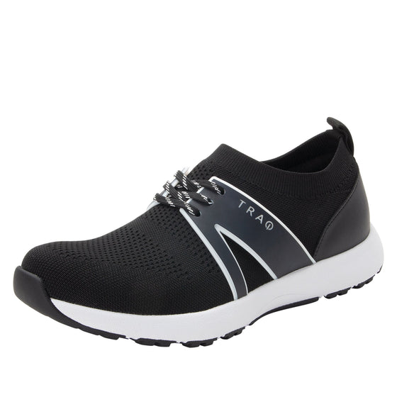 Qool Black smart shoes with Q-chip™ technology. QOO-5002_S1