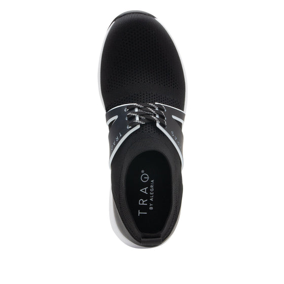 Qool Black smart shoes with Q-chip™ technology. QOO-5002_S4