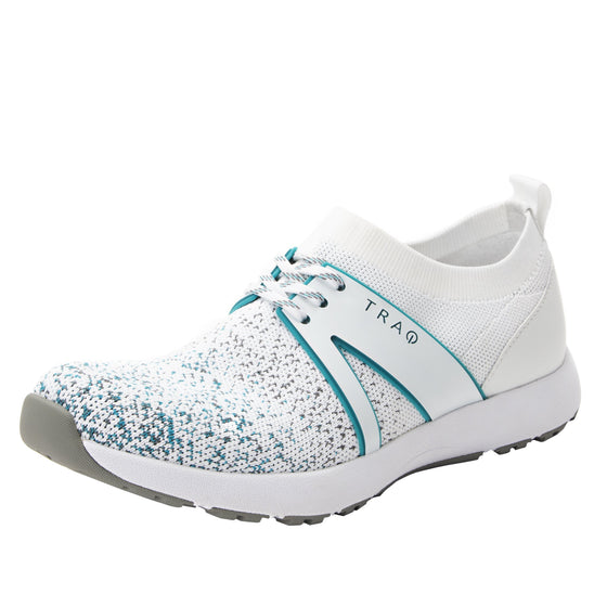 Qool White Multi smart shoes with Q-chip™ technology. QOO-5110_S7