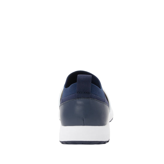Qool Navy smart shoes with q-chip technology. QOO-5410_S3