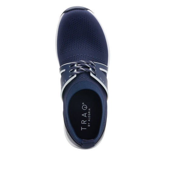 Qool Navy smart shoes with Q-chip™ technology. QOO-5410_S4