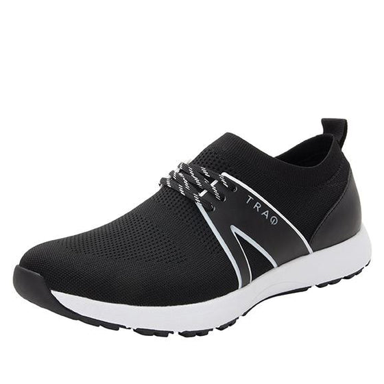 Qool Black lace-up smart shoes with Q-chip™ technology. QOO-M7002_S1