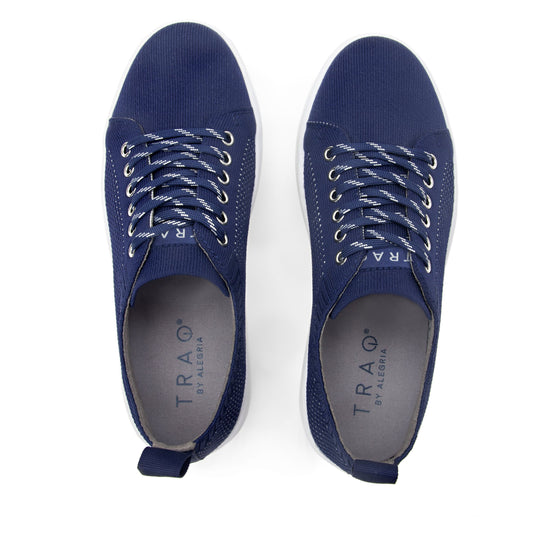 Qruise lace-up smart shoes with Q-chip™ technology. QRU-5410_S5