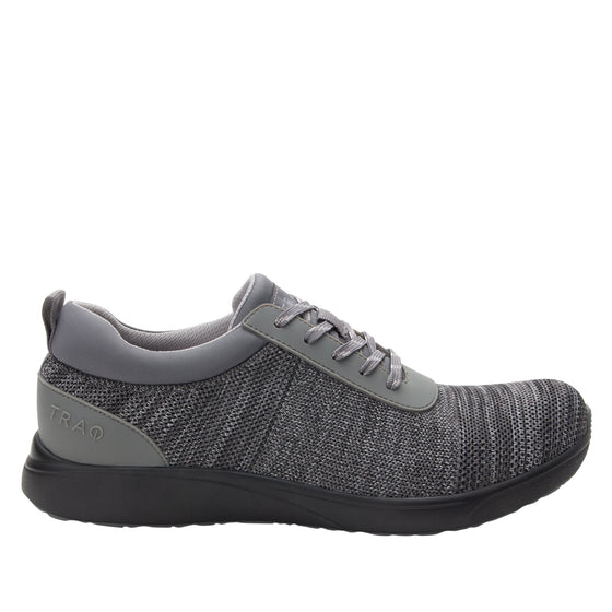Quantum Charcoal smart shoes with Q-chip™ technology. QUA-M7018_S2