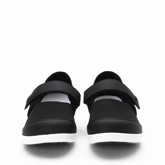 Qwik Black Top slip on smart shoes with Q-chip™ technology. QWI-5009_S6