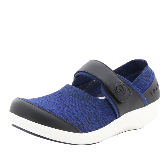 Qutie Blue smart slip on shoes with Q-chip™ technology. QUT-5493_S1