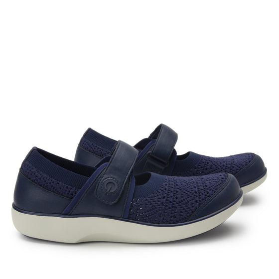 Qutie Crochet Navy mary jane smart shoes with Q-chip™ technology. QUT-5495_S3