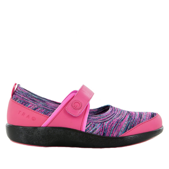 Qutie Pink smart slip on shoes with Q-Chip technology. QUT-5690_S2