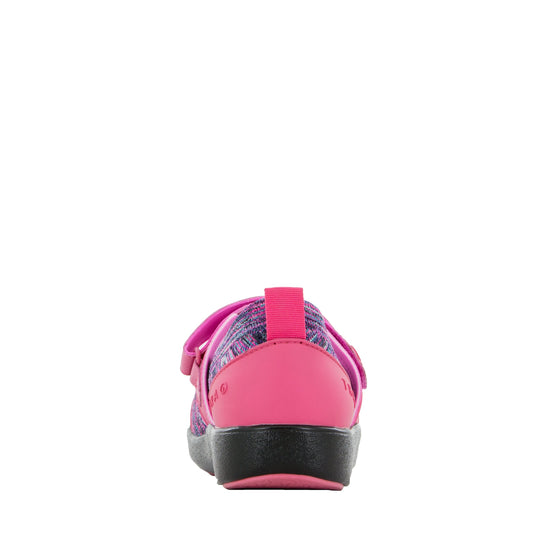 Qutie Pink smart slip on shoes with Q-Chip technology. QUT-5690_S3