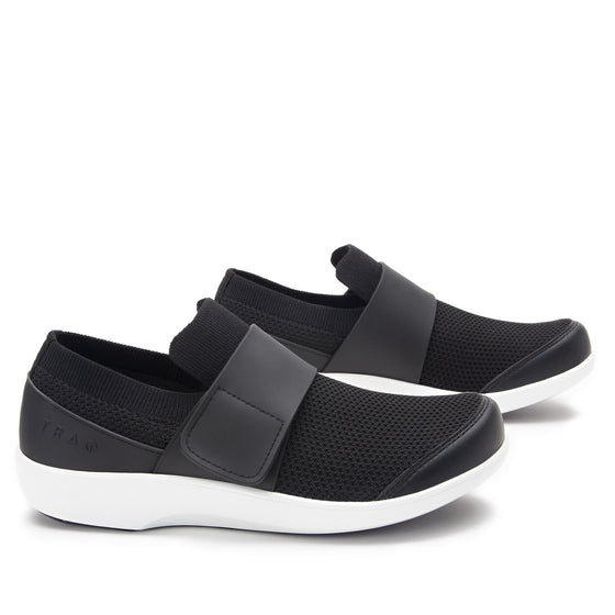 Qwik Black Top slip on smart shoes with Q-chip™ technology. QWI-5009_S3