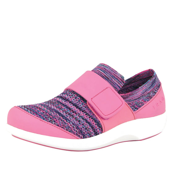Qwik Pink smart shoes with q-chip technology. QWI-5696_S1