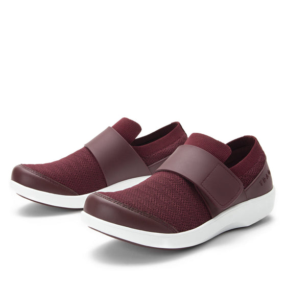 Qwik Wine Waves slip on smart shoes with Q-chip™ technology. QWI-5901_S1
