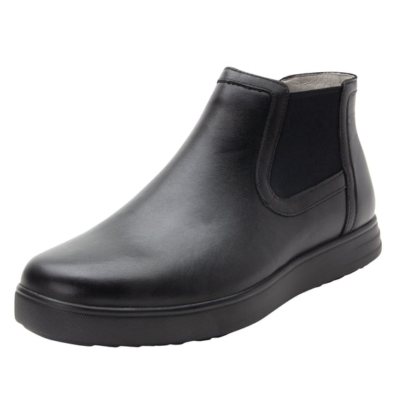 Sliq smart slip-on boot that has the comfort of your favorite sneaker. SLI-M7001_S1