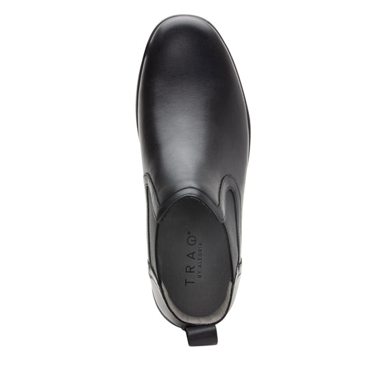 Sliq smart slip-on boot that has the comfort of your favorite sneaker. SLI-M7001_S4