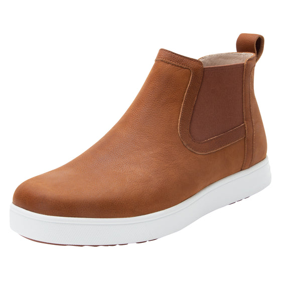 Sliq smart slip-on boot that has the comfort of your favorite sneaker. SLI-M7221_S1