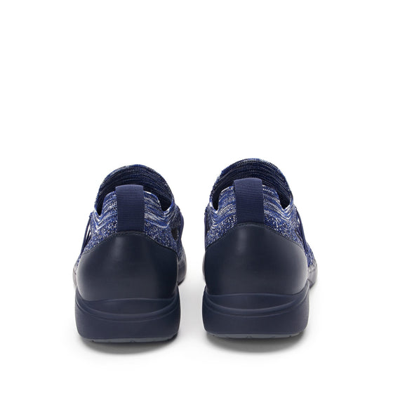 Synq Navy smart shoes with Q-chip™ technology. SNY-M7410_S4