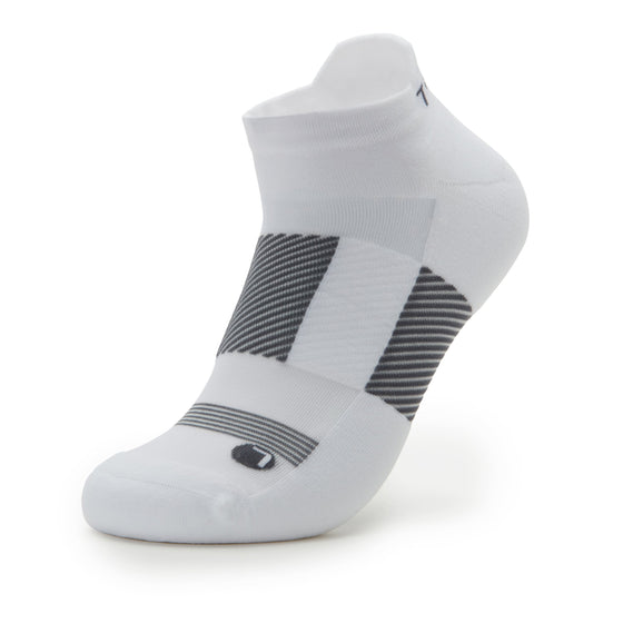 TRAQ Q-Flow arch compression socks built for performance and comfort. TRA-91702_S1