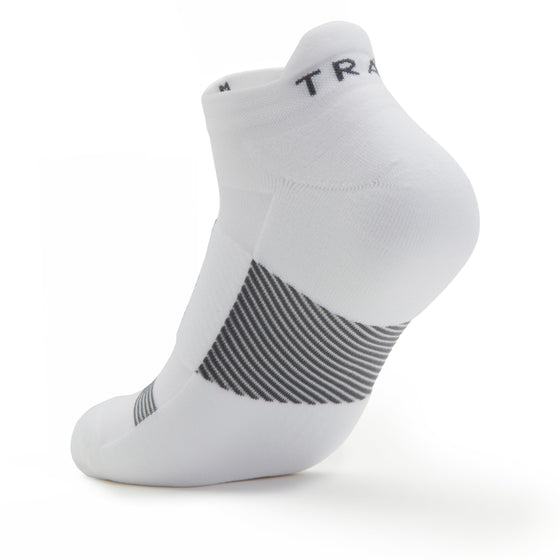 TRAQ Q-Flow arch compression socks built for performance and comfort. TRA-91702_S3