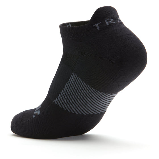 TRAQ Q-Flow arch compression socks built for performance and comfort. TRA-91706_S3