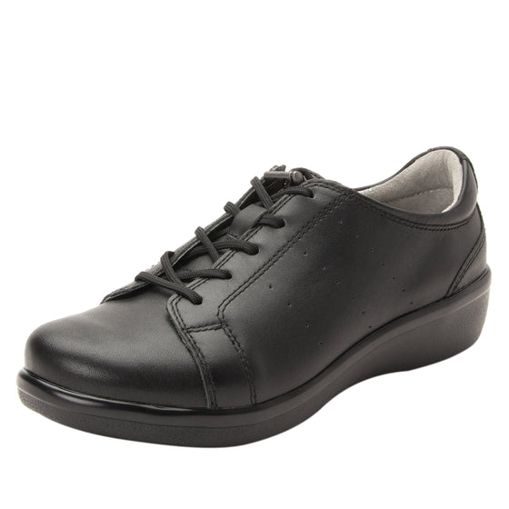Cliq Black Out lace up smart shoes with Q-Chip technology. CLI-5002_S1