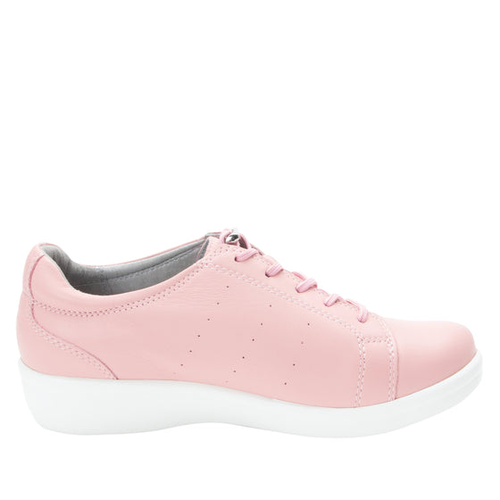Cliq Blush lace up smart shoes with Q-Chip technology. CLI-5650_S2