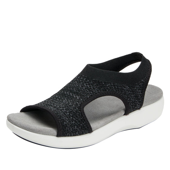 Qeen Funplex Black slip on sandal with Q-chip™ technology. QEE-5018_S1