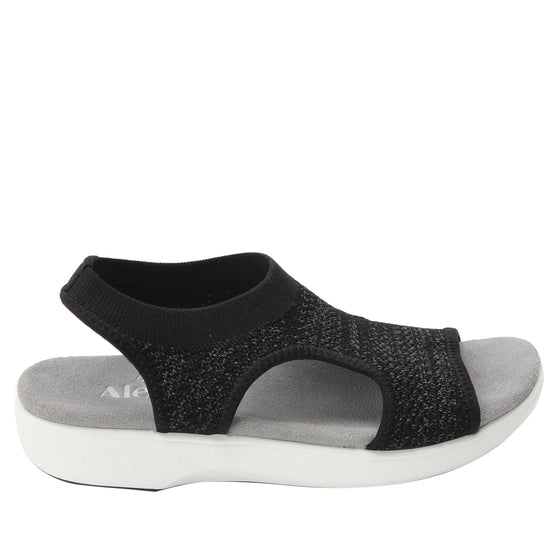 Qeen Funplex Black slip on sandal with q-chip technology. QEE-5018_S2