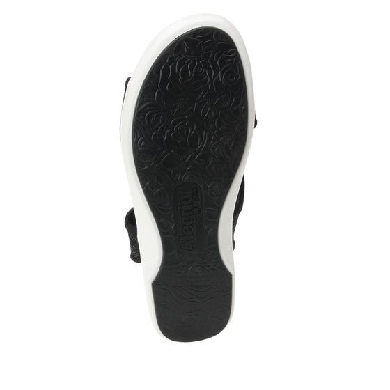 Qeen Funplex Black slip on sandal with q-chip technology. QEE-5018_S5