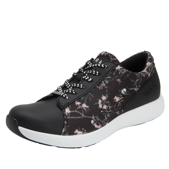 Qest Jungle Fauna lace up smart shoes with Q-chip™ technology. QES-5659_S1