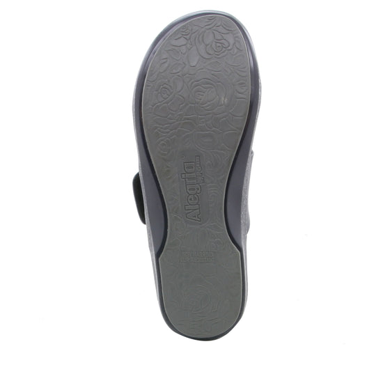 Qwik Navy Multi slip on smart shoes with Q-chip™ technology. QWI-5437_S5