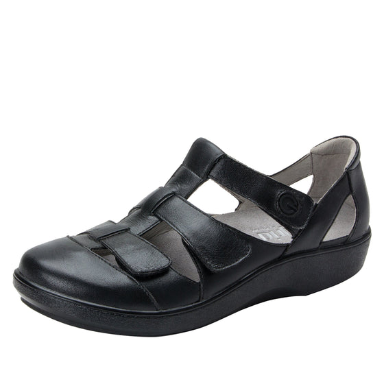 Treq Black Butter three adjustable strap shoes with q-chip technology. TRE-5007_S1