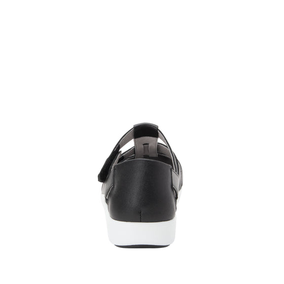 Treq Black three adjustable strap shoes with q-chip technology. TRE-5003_S3