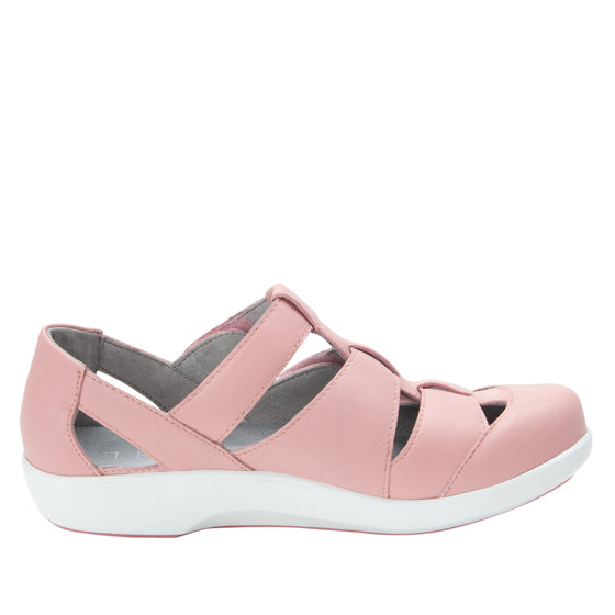 Treq Blush three adjustable strap shoes with q-chip technology. TRE-5650_S2