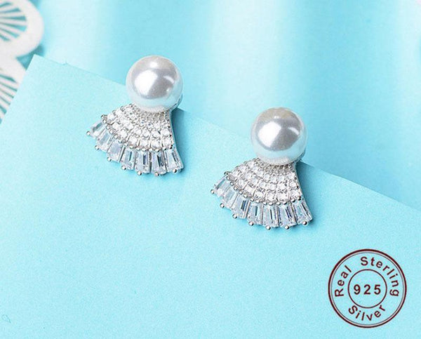 Very Elegant Shell Shape Genuine S925 Sterling Silver Earrings