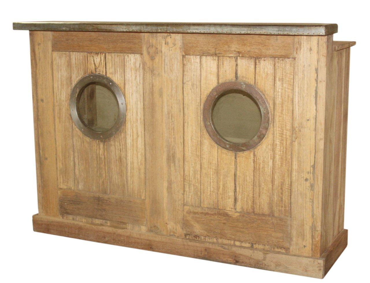 Porthole Bar
