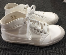 Load image into Gallery viewer, Springcourt M2 Lambskin White sneakers
