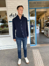 Load image into Gallery viewer, The Dylan Slim Skinny Jean