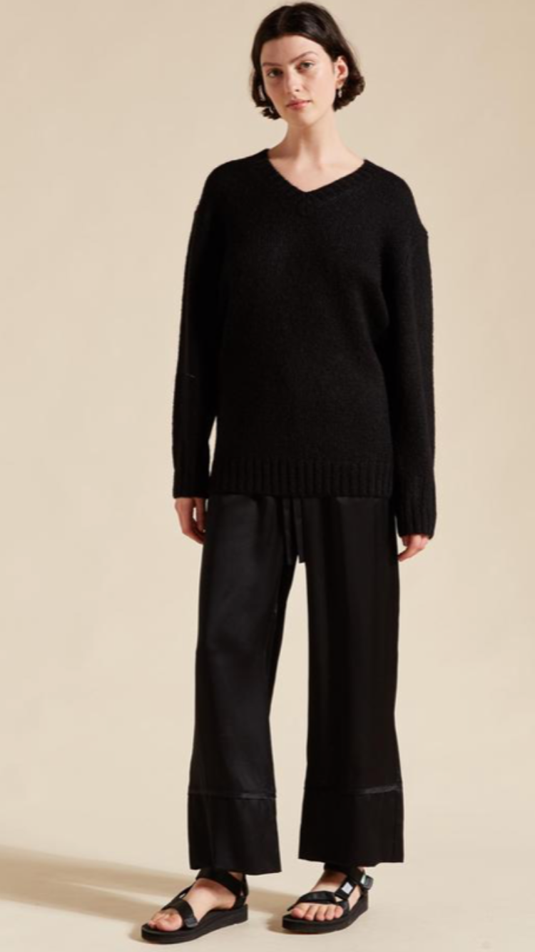 Lee Mathews V Neck Knit