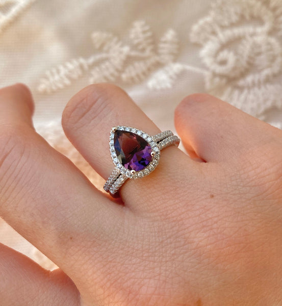 Violet Pear Cut Ring Set